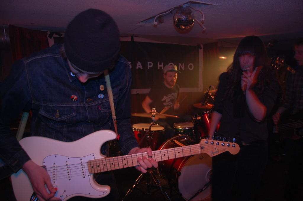 The Yips, Ottawa, Megaphono