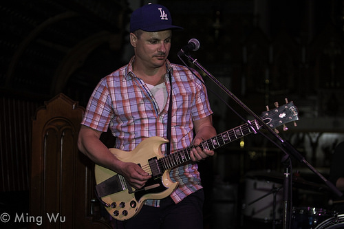 Jim Bryson playing at St. Alban's Church in Ottawa. Photo: Ming Wu