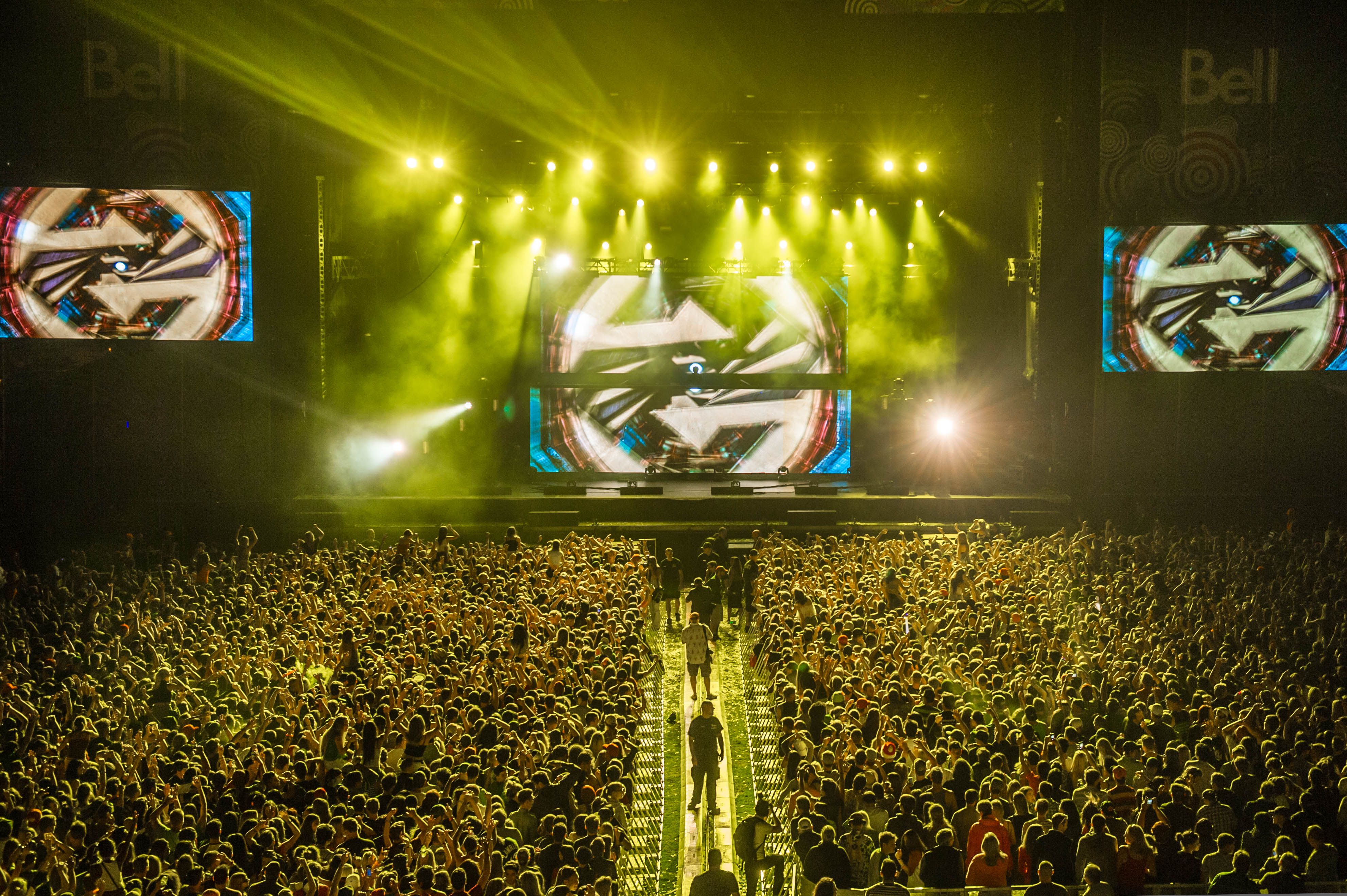 Zedd crushing it on the Bell Stage on July 4, 2014 --