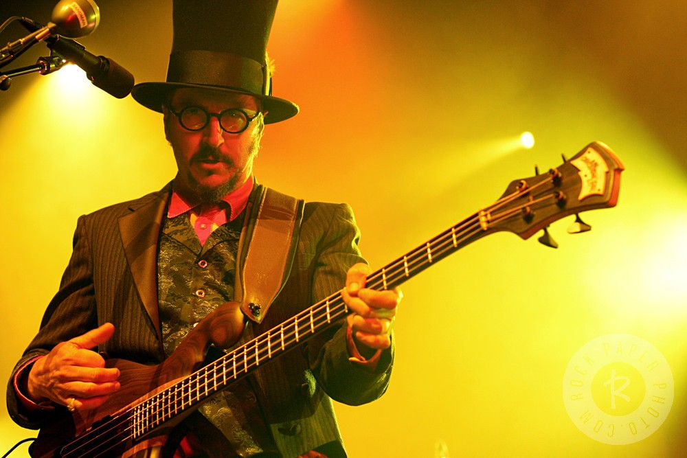 Les Claypool the killer bass man for Primus.